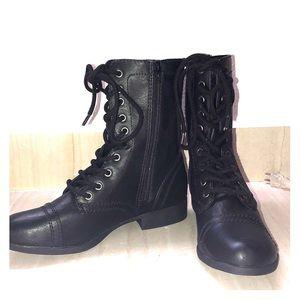 Brand New Black SM  New York Combat Boots Size 9
